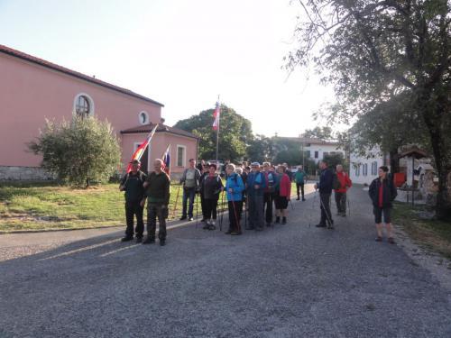 Začetek pohoda v Novi vasi