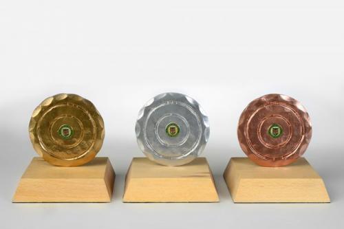 Pokali za tekmovanje v škuljadi